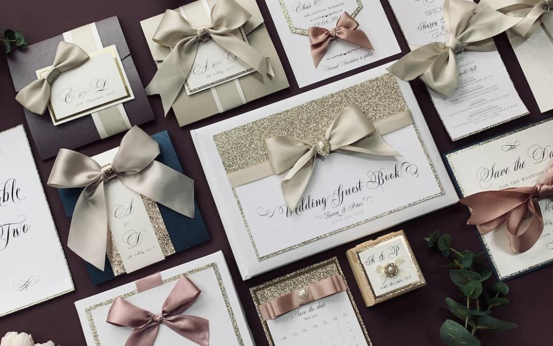 De-Luxe Wedding Stationery Collection